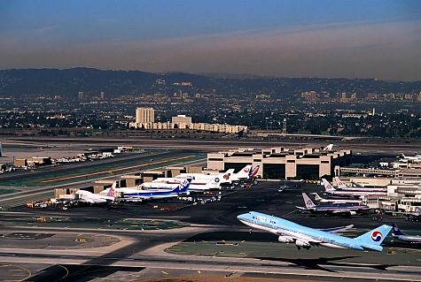 Aeropuerto Los-angeles-aerial-photographer_lax_airport_korean-air_b-747